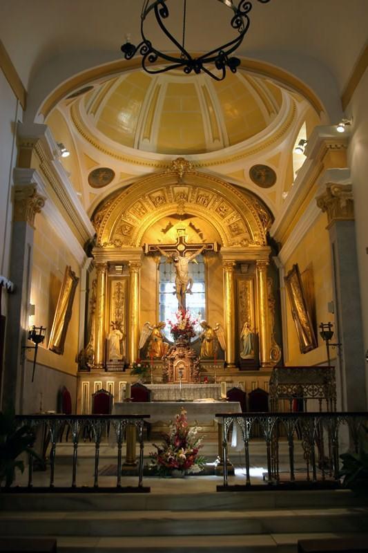 Interior-de-la-Ermita-del-Stmo.-Cristo-de-la-Sala