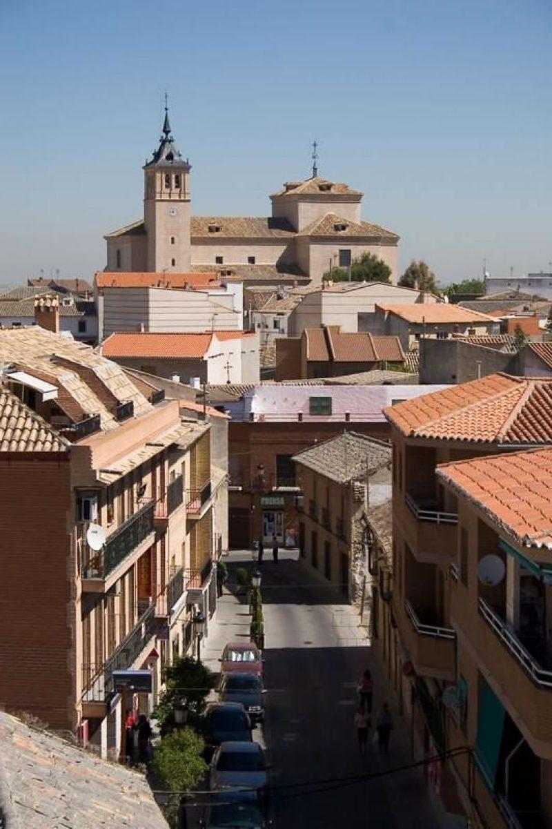 Vista-desde-la-calle-Santiago-de-la-Fuente