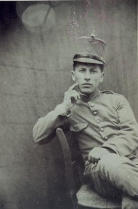 103.-Fernando-Ontalba--El-Chalan--durante-el-servicio-militar.-Ano-1911.-Procedencia-Isabel-de-la-Fuente