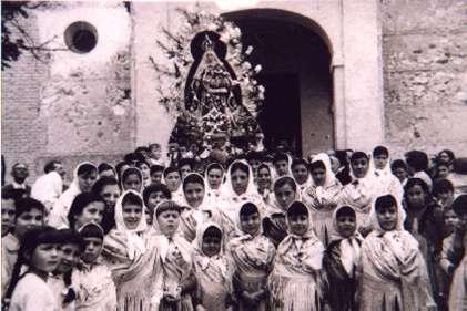 122.-Romeria-de-la-Virgen-de-la-Cabeza-en-Bargas.-Ano-1959.-Proc.-Concha-Moreno