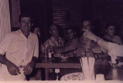 123.-Angel-Muniz-con-el-rejoneador-portugues-El-Maura.-Ano-1973.-Proced.-Eugenia-Lopez-Ruano