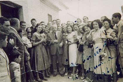 132.Visita-del-Maestro-Guerrero-a-Bargas-Ano-1948.-Proc.-Isabel-Coque