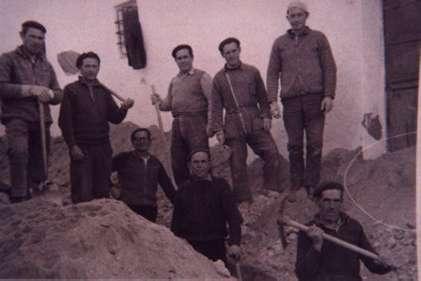 166.-Obras-de-la-primera-acometida-de-agua-potable-en-Bargas.-Hacia-1958.-Procedencia-Antonio-del-Salado