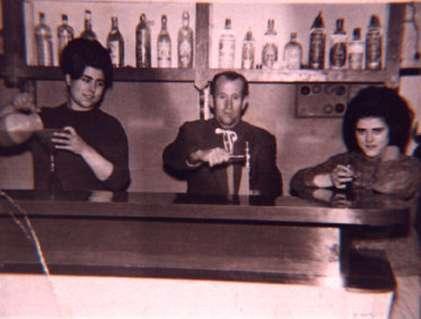 172.-Taberna-de-Nati.-Ano-1963.-Proced.-Angeles-del-Cerro
