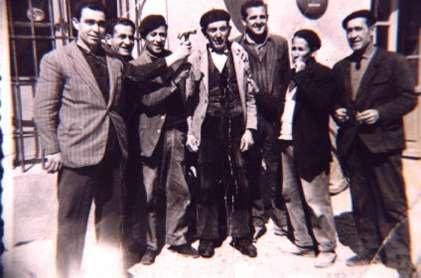 175.-El-Tio-Pablo-Alonso-con-unos-amigos.-Ano-1965.-Procedencia-Angeles-del-Cerro