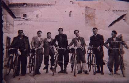 177.-Los-Manchegos-y-otros-vecinos.-1950.-Proced.-Angeles-del-Cerro
