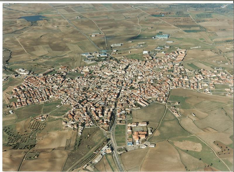 2.-Vista-aerea.-Ano-2003.-Procedencia-Archivo-Municipal
