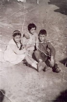 206.-Los-Hermanos-Carmen,-Julia-y-Severiano-Rodriguez.-del-Cerro.-Ano-1962.-Procedencia-Severiano-Rguez.