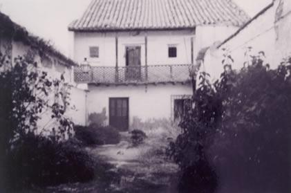 233.-Casa-del-Pueblo-en-la-calle-Progreso.-Procedencia-Severiano-Rodriguez-del-Cerro