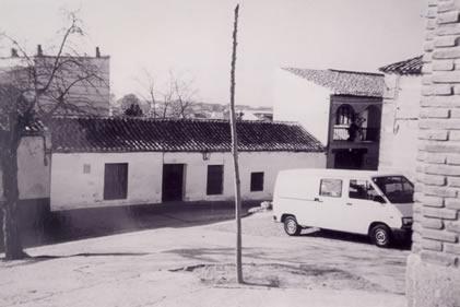 240.-Antigua-Casa-del-Cura,-junto-a-la-explanada-de-la-Iglesia-.Procedencia-Felipe-Pleite