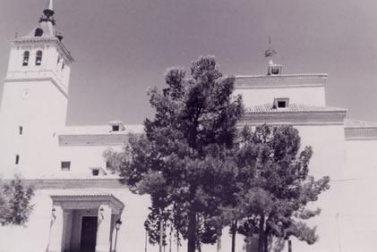 242.-Iglesia-Parroquial-de-San-Esteban-Protomartir.-Procedencia-Antonio-J.-Diaz