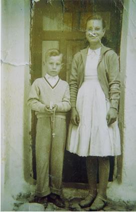 276.-Jose-Mª-Gutierrez-Alonso-en-el-dia-de-su-Primera-Comunion.-Ano-1951.-Procedencia-Juana-Alhambra