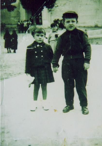288.-Angeles-Cerdeno-Garcia-y-Manolo-Alvarez-Bargueno.-Ano-1957.-Procedencia-Manuela-Garcia-Gutierrez