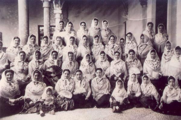 35.-Barguenas-en-su-visita-a-la-Virgen-de-la-Esperanza-en-Toledo.-1952.