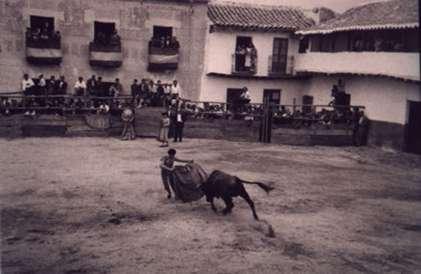 36.-Actuacion-en-la-plaza-de-toros-de-palos.-Decada-de-1950.-Procedencia-Sara-Sanchez