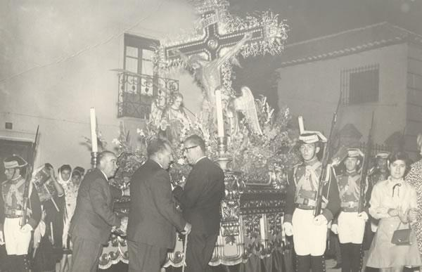 366.-Detalle-de-la-Procesion-del-Stmo.-Cristo-de-la-sala.-Hacia-1960.-Pr.-Archivo-Municipal