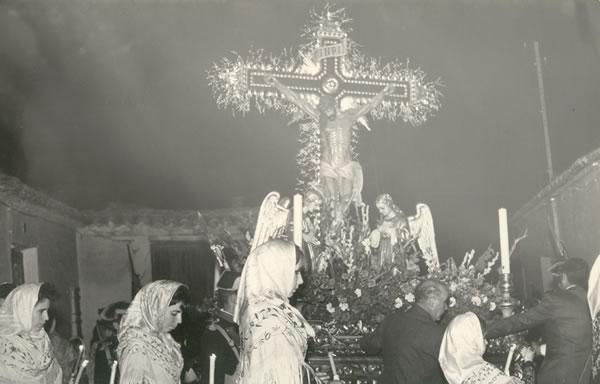 368.-Detalle-de-la-Procesion-del-Stmo.-Cristo-de-la-Sala.-Hacia-1960.-Proced.-Archivo-Municipal