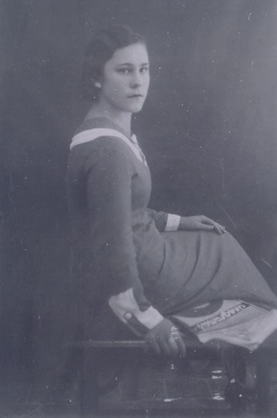 378.-Maria-Ballesteros-Garcia.-Hacia-1925.-Procedencia-Sagrario-Martin
