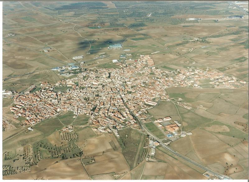 4.-Vista-aerea.-Ano-2003.-Procedencia-Archivo-Municipal