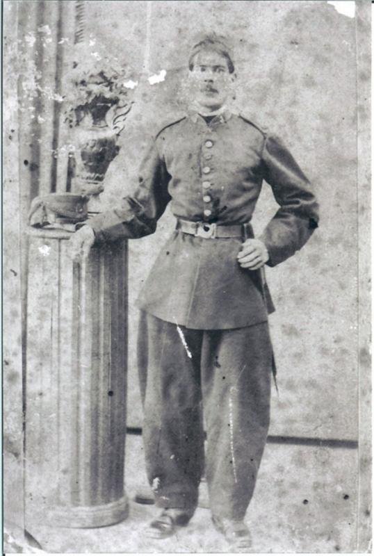 400.-Andres-Garcia-durante-el-servicio-militar.-Hacia-1900.-Procedencia-Maria-Hernandez-Garcia