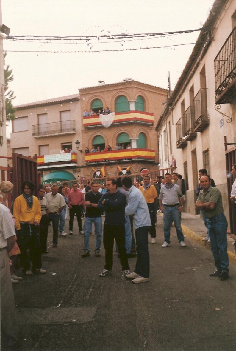 415.-Encierros-en-la-calle-Arroyada.-Procedencia-Gonzalo-Alonso-Perpetua
