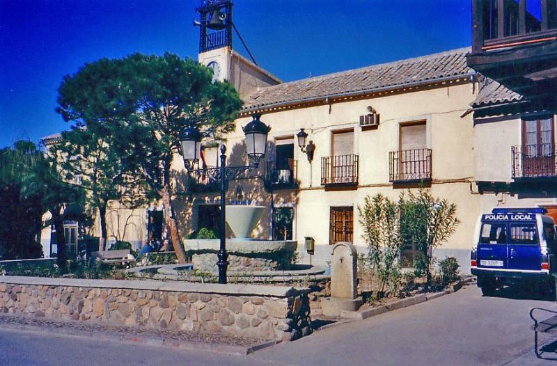 466.-Ayuntamiento-de-Bargas.-1995.-Proced.-Felipe-Pleite