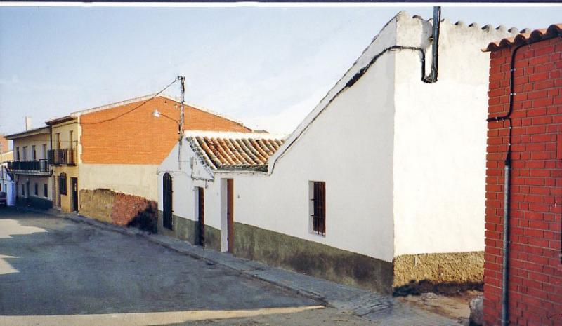 473.-Calle-Gato.-Bargas-1993