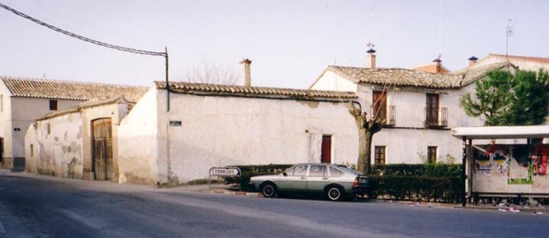 479.-Fachada-en-Plaza-Aurora-Morales-esquina-a-calle-Agua.-Bargas-1993.-Proced.-Felipe-Pleite