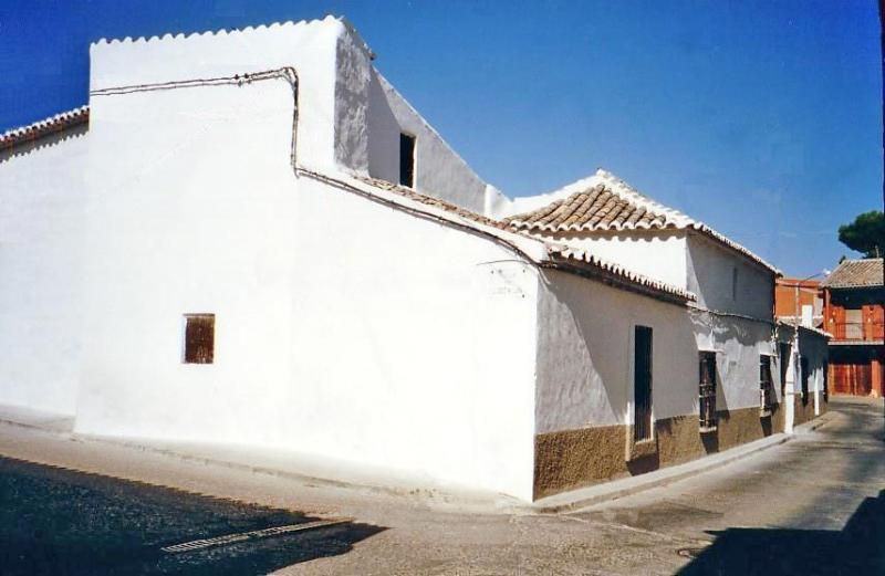 484.-Fachada-en-calle-Romana.-Bargas-1993.-Proced.-Felipe-Pleite