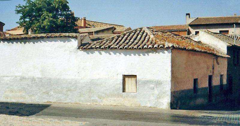 491.-Fachada-en-calle-Vicente-Morales-esquina-con-Agua.-Bargas-2003.-Proced.-Felipe-Pleite