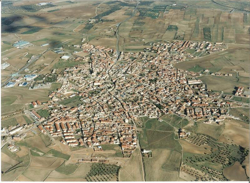 5.-Vista-aerea.-Ano-2003.-Procedencia-Archivo-Municipal