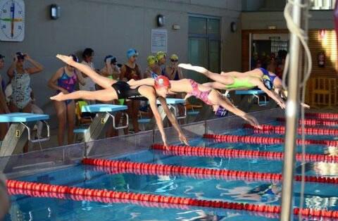 Buen comienzo de año para los nadadores bargueños: