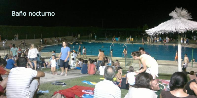 El pasado jueves 19 de Julio se abrió la piscina con un gran exito de participación , los vecinos de bargas pudieron refrescarse en una noche muy calurosa.