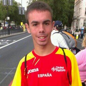 """Ángel Ronco, nuestro atleta bargueño, gana la XXXI Carrera Internacional Nocturna de Jaén en la categoría """"Promesas""""."""