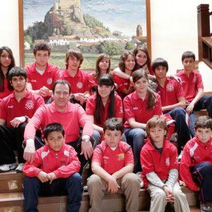 María Alonso consigue su 7º título regional en ajedrez por edades. 15 ajedrecistas del Club de Bargas participaron en Almansa logrando tres podiums
