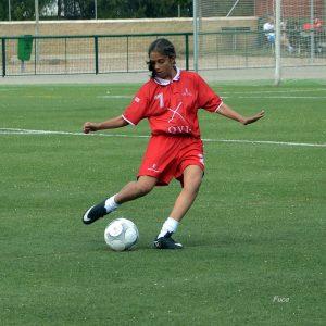 Elena Rodríguez, futbolista bargueña, convocada por la Selección de Castilla La Mancha.