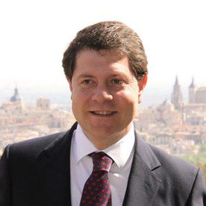 Emiliano García Page, Alcalde de Toledo y Senador, presidirá la Procesión del Stmo. Cristo de la Sala en Bargas.