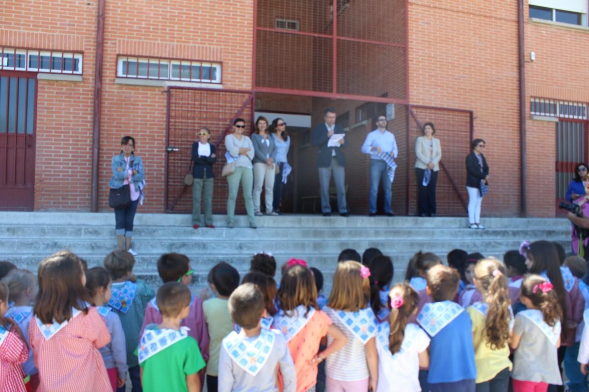PREGON INFANTIL DE INICIO DE FIESTAS EN EL COLEGIO STMO. CRISTO DE LA SALA