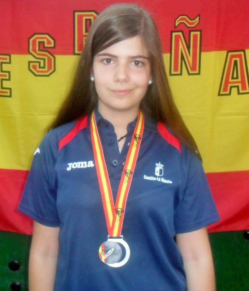 Laura Alonso Vara, subcampeona de España de ajedrez escolar con la selección infantil de Castilla La Mancha