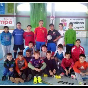 Foto de los participantes en la Pachanga de fútbol Navidad 2013