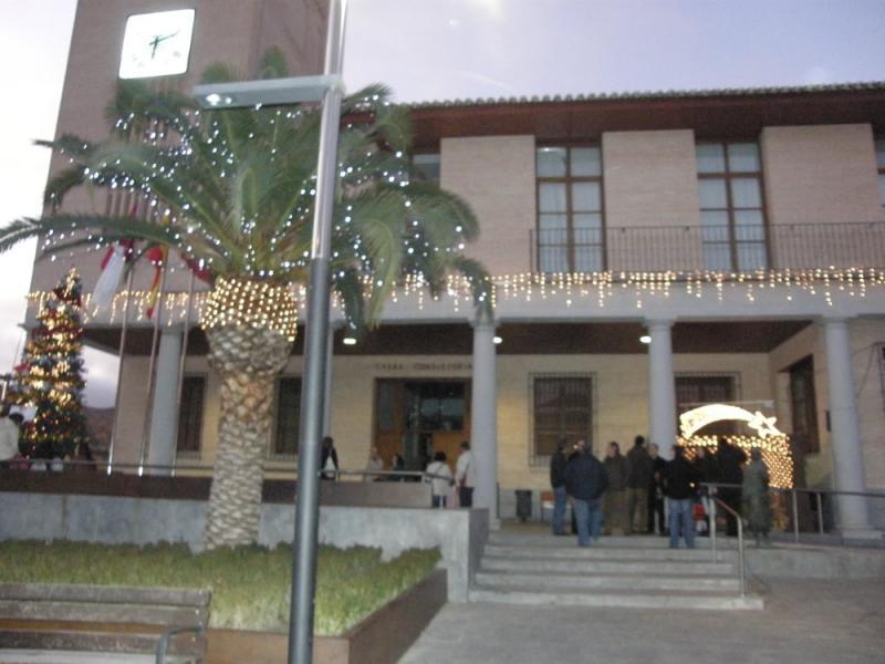 EN BARGAS, ENCENDIDO DE LUCES NAVIDEÑAS Y COLOCACIÓN DEL NACIMIENTO