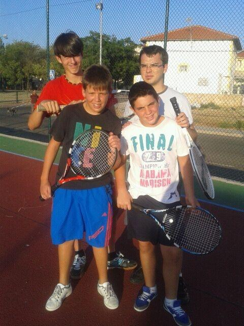 Gran aceptación en el Torneo de Tenis de Ferias San Esteban 2012