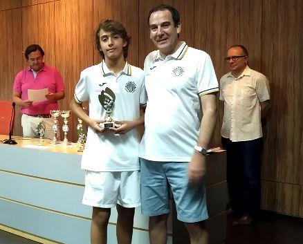 Diego Bustos mejor 3º tablero Sub-12