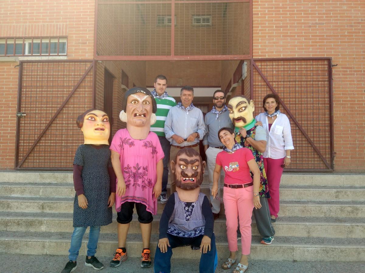 Pregón Infantil de inicio de Fiestas en el Colegio Stmo. Cristo de la Sala