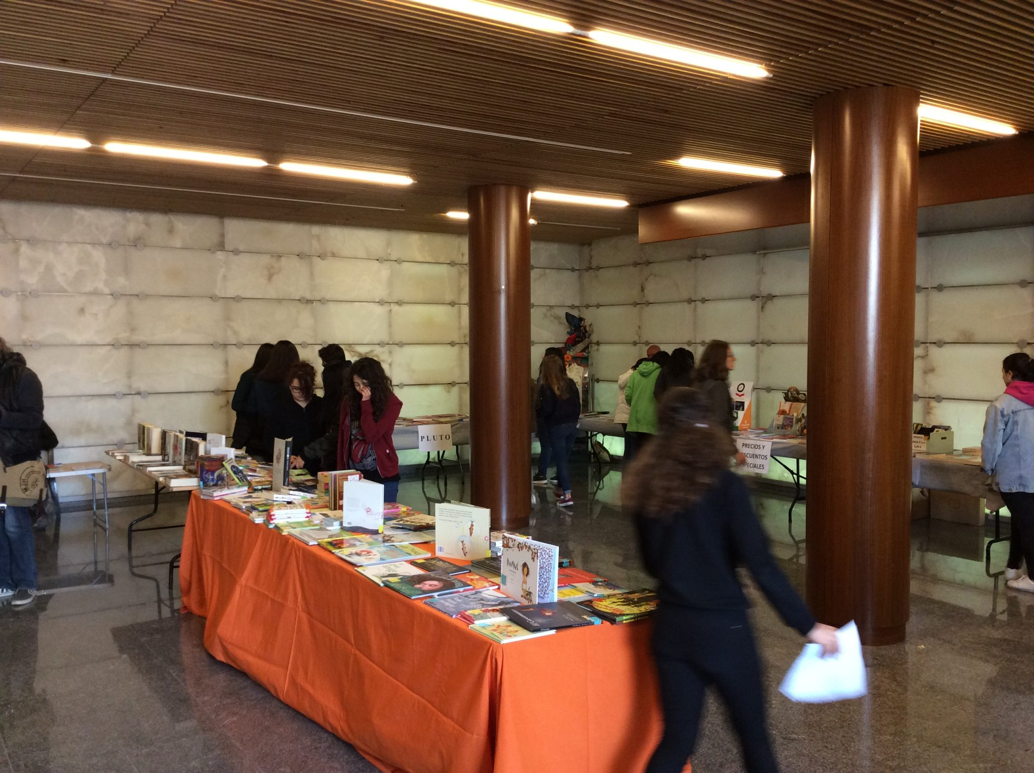 biblioteca-calle