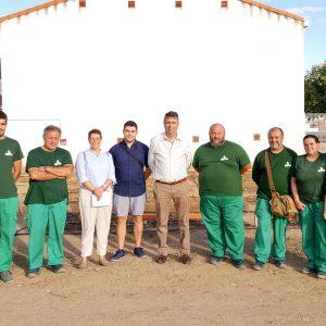 El alcalde de Bargas visita las instalaciones municipales destinadas a la agricultura ecológica
