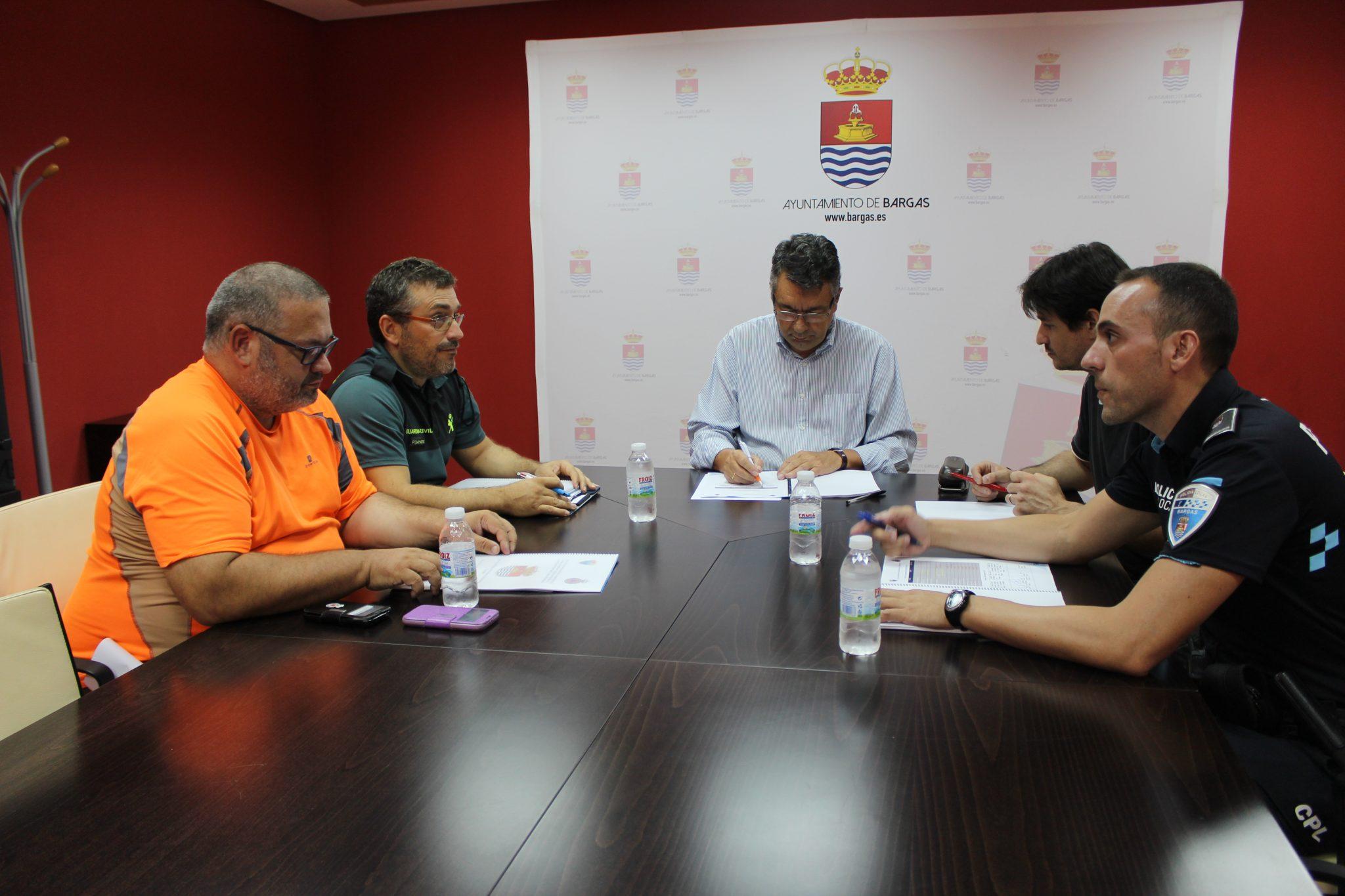 Se firma en Bargas el Plan local de seguridad y emergencia para las fiestas 2017.