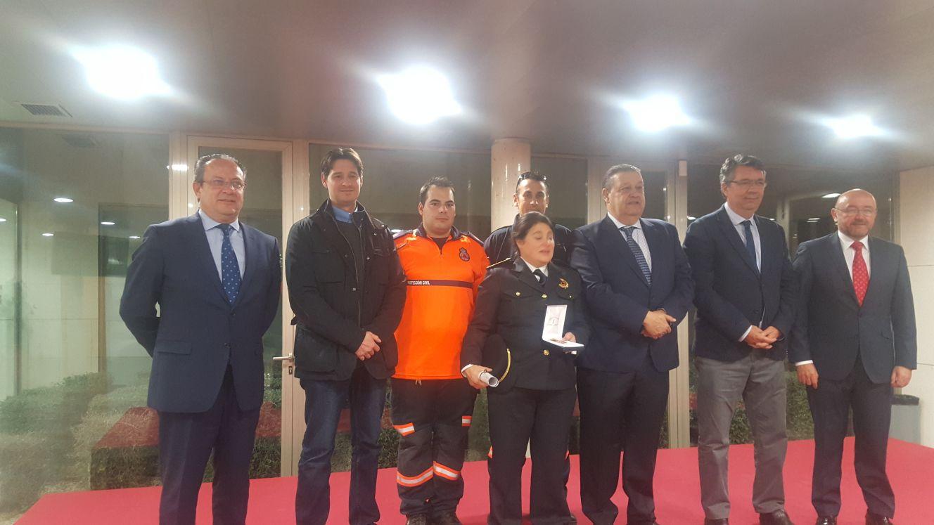 La Junta concede una medalla a la Coordinadora de Protección Civil de Bargas