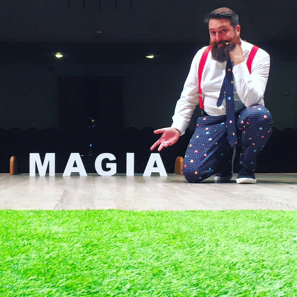 Magia: Mr. Frantastic!, Francis Zafrilla