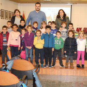 Con motivo del 40 aniversario de la Constitución Española, los alumnos del Colegio Pintor Tomás Camarero de Bargas visitan el Ayuntamiento